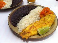 brazilian food-feijão, arroz, peixe
