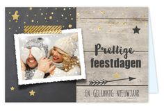 Unieke kerstkaart versturen naar je vrienden en familie? Kerstkaart met foto kader, krijtbord print en hout design op ondergrond, pijl, goud glitter look sterren, confetti, plakband en mooie sierletters!