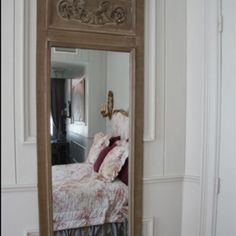 A beautiful guesthouse room in Brugge - the Aubusson Suite!