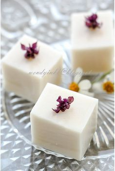Table for or more: Hong Kong Style Coconut Pudding - Jelly Coconut Jello, Coconut Milk Pudding, Coconut Desserts, Asian Desserts, Coconut Recipes, Fun Desserts, Delicious Desserts, Dessert Recipes, Chinese Desserts