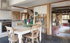 Town & Country Home – Priceless Magazines Town And Country, Country Chic, Country Homes, Stairs In Kitchen, Kitchen Dining, Cottage Extension, Home On The Range, Kitchen Gallery, Home Kitchens