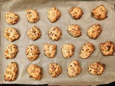 Yoghurt - oatmeal - biscuits, a very nice recipe from the category biscuits . Fudge Recipes, Chef Recipes, Raw Food Recipes, Oatmeal Biscuits, Oatmeal Cookies, Brownie Cookies, Biscuit Nutella, Dessert Hummus Recipe, Chocolate Hummus