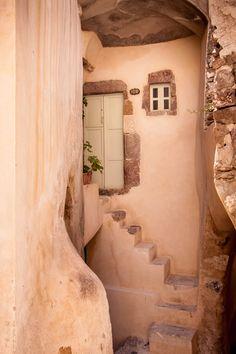 Alcove house, Santorini, Greece