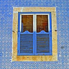 Rua das Chagas, Lisbon, Portugal