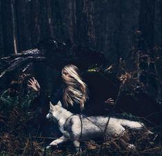 The Wolf & Girl #Lobo #ilustração #arte #art #illustration #print #desenho #wallpaper