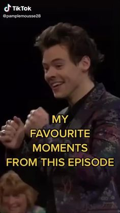 Harry Styles Smile, Harry Styles Funny, Harry Styles Edits, Harry Styles Baby, Harry Styles Pictures, Harry Edward Styles, Harry Styles Crying, Grupo One Direction, One Direction Videos