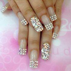 french nails art With Stones Nail Art Designs, Nail Designs Bling, Bridal Nails Designs, French Nails, Bridal Nails French, Ongles Bling Bling, Bling Nails, Jewel Nails, Glam Nails