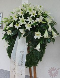 Poison Ivy - bloomy artful   Funeral Wreaths / Bouquets / Urn Adornment