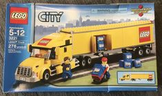 LEGO Truck 3221 Load the LEGO City Truck and make a delivery to the airport! An urgent delivery needs to be made to the LEGO City airport. Lego City Truck, Lego City Helicopter, Lego City Police, Lego Technic, Lego Auto, Construction Lego, Lego Mosaic, Lego Boxes, Lego City Sets