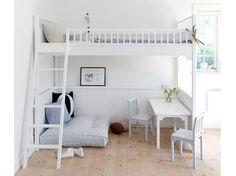 Lit mezzanine pour enfant / Kids mezzanine bed : www.maison-deco.com/chambre/deco-chambre/Tendance-le-lit-mezzanine/Un-lit-mezzanine-pour-enfant-6-ans-et-plus
