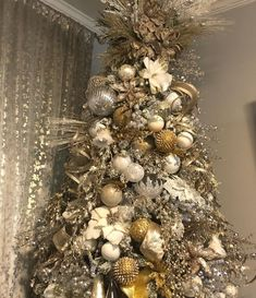 Holiday Tree, Christmas Trees, Merry Christmas, Holiday Decor, Inspire Me Home Decor, Xmas Decorations, Wonderful Time, Seasons, Instagram