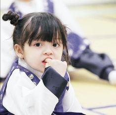 Cute Asian Babies, Korean Babies, Asian Kids, Cute Babies, Cute Baby Girl Pictures, Cute Baby Boy, Cute Little Baby, Baby Kids, Superman Kids
