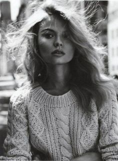 Magdalena Frackowiak wearing a cable knit sweater in Vogue Paris November 2011 issue Vogue Paris, Looks Street Style, Looks Style, Cool Sweaters, Cable Knit Sweaters, Chunky Sweaters, Chunky Knits, Crewneck Sweaters, Cable Cardigan