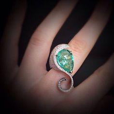 scavia_officialWave ring: briolette paraiba tourmaline of over 8ct #scavia #jewel