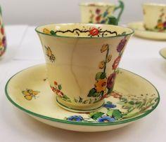 Mariposa de la Corona de Staffordshire de China juego de té de la vendimia de la Copa Hollyhocks 742202 Limón.  12 • $ 99.00