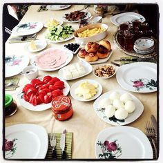Turkish breakfast Photo by dpencabligil • Instagram