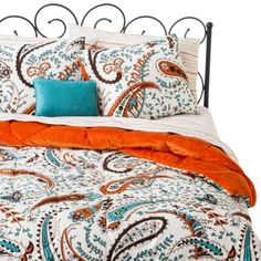 Xhilaration® Paisley Bed in a Bag - Newly purchased the orange reversible side is a soft plush - so cozy!