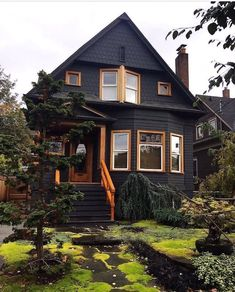 Future House, Dark House, Cabin In The Woods, Home And Deco, House Goals, Home Fashion, My Dream Home, Exterior Design, Beautiful Homes