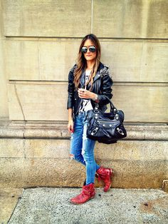 So my style! Loving this look! Hipster Outfits Men, Cute Outfits, Dark Fashion, Grunge Fashion, Rocker Chic Style, Booties Outfit, Rocker Girl, Urban Chic, Ladies Dress Design