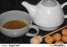 Ořechový čaj na kašel recept - TopRecepty.cz Tea Pots, Tableware, Kitchen, Cuisine, Dinnerware, Cooking, Dishes, Teapot, Home Kitchens