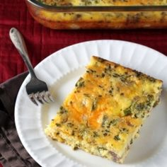 Broccoli, Cheddar, and Sausage Breakfast Casserole. No broccoli or sausage for me. Maybe broccoli but not likely. Paleo Breakfast Casserole, Low Carb Breakfast, Breakfast Dishes, Breakfast Recipes, Sausage Casserole, Breakfast Ideas, Breakfast Omelette, Bacon Breakfast, No Carb Recipes