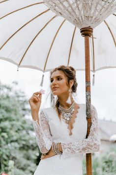 day of wedding coordinator Bohemian Wedding Dresses, Gorgeous Wedding Dress, Boho Bride, Elope Wedding, Chic Wedding, Summer Wedding, Wedding Shoot, Wedding Bells, Rustic Wedding