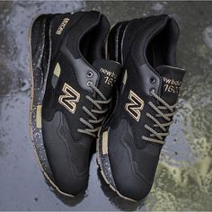 There was quite a lot of interest in this pair when some pictures surfaced not too long ago, well the @newbalance CM1600AG are now available to purchase!  Anyone grabbed these already or are planning on?  Image from @highs_and_lows  #nbgallery #nbgallery1600 #newbalance