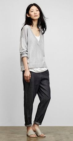 Free standard shipping on all Continental US orders. Shop women's casual clothing that effortlessly combines timeless, elegant lines with eco-friendly fabrics from EILEEN FISHER. Mode Outfits, Casual Outfits, Fashion Outfits, Womens Fashion, Fashion Tips, Fashion Trends, Fashion Websites, Fashion Movies, Fashion Hacks