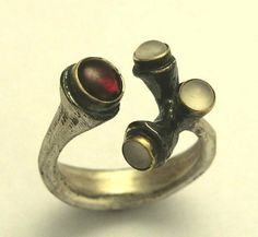 Sterling silver and yellow gold ring with Garnet and shells - Make life extraordinary.. $164.00, via Etsy.