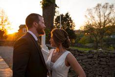 Bryllup på Øvre-Eide Gård i Bergen. Bergen, Couple Photos, Couples, Nature, Couple Shots, Couple Photography, Couple, Couple Pictures, Mountains