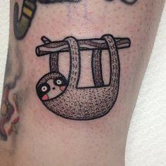 """Tatuagem feita por <a href=""""http://instagram.com/suflanda"""">@suflanda</a>!  Ai gente que preguiça..."""