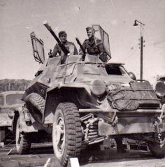 sdkfz 222 german armored car.