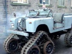 Cuthbertson Land Rover video