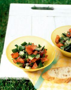 Tomaten-Gurken-Salat - Herzhafte Picknick Rezepte - 19 - [ESSEN & TRINKEN]