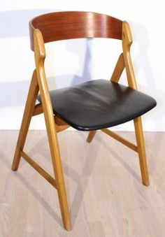 Teak chair, rounded back