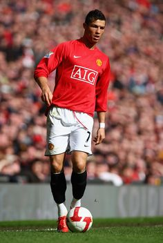 Cristiano Ronaldo Manchester, Cristiano Ronaldo 7, God Of Football, Sport Football, Cristiano Ronaldo Wallpapers, Manchester United Players, Wayne Rooney, Latest Sports News, Victoria Justice
