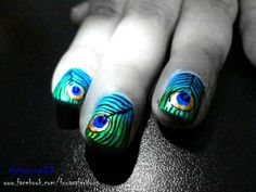 Gorgeous Peacock Feathers for Your Nails!