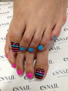 Toe nail designs 2014 - Hand Nail Design FoR Women Cute Toe Nails, Fancy Nails, Love Nails, Pretty Nails, My Nails, Nail Designs 2014, Pedicure Designs, Toe Nail Designs, Pedicure Nail Art