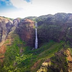 """Waimea canyon. """"The Grand Canyon of the pacific"""". @gopro hero 4 black  @manfrottoimaginemore tripod."""