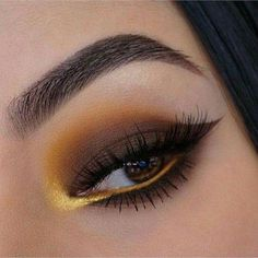 Eye makeup is able to enhance your attractiveness and also help to make you look and feel fabulous. Discover the way to use make-up so that you can show off your eyes and make an impression. Discover the best tips for applying make-up to your eyes. Gorgeous Eyes, Gorgeous Makeup, Love Makeup, Makeup Inspo, Makeup Inspiration, Makeup Geek, Daily Inspiration, Make Up Looks, Beauty Make-up