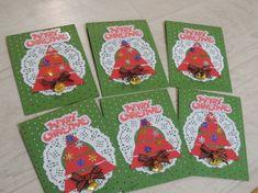 어린이집 크리스마스 환경판뚝딱뚝딱 대충만들었는데도 이뿌당!위에 메리크리스마스는 손이 너무 많이 갔다... Christmas Crafts, Playing Cards, Merry, Education, Weihnachten, Xmas Crafts, Playing Card Games, Teaching, Onderwijs