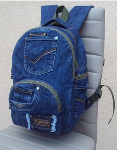 Denim Backpack, Denim Bag, Backpack Bags, Fashion Backpack, Denim Handbags, Trendy Handbags, Diy Old Jeans, Mochila Jeans, Denim Crafts