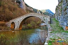 The bridges of Zagori: Numerous, beautiful and of historical . Kokoros bridge or Noutsos bridge - as it is otherwise known - that was built in 1750 near the villages of Kipi, Koukouli and Dilofo in the area of Central . Bridge Design, Old Stone, Greece Travel, Crete, Beautiful Islands, Paths, Medieval, Places To Go, Bridges