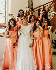 Christian Wedding Dress, Christian Bridal Saree, Christian Bride, Indian Wedding Bridesmaids, Bridesmaid Outfit, Party Wear Dresses, Wedding Dresses, Wedding Bouquet, Bridal Outfits