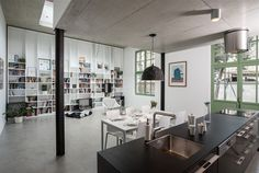 opened living room with recessed concrete box of upper floor Open Live, Concrete Sculpture, Dining Table, Flooring, Living Room, Studio, Architecture, Pictures, House