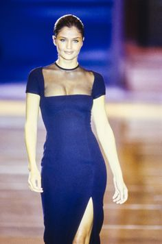 Versace Spring 1993 Ready-to-Wear Accessories Photos - Vogue