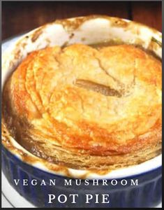 A savory, bubbling vegan mushroom pot pie with a whole-wheat puff pastry crust and a filling of peas, carrots, and two kinds of mushroom, all tied together by savory herbs. Best Vegan Recipes, Veggie Recipes, Vegetarian Recipes, Cooking Recipes, Savory Herb, Stuffed Mushrooms, Stuffed Peppers, Pot Pie, Carrots