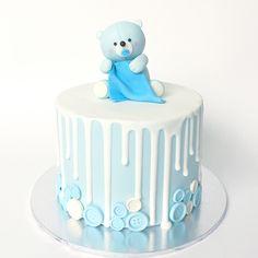 New Baby Girl Shower Cakes No Fondant Blue 22 Ideas Baby Shower Drip Cake, Girl Shower Cake, Baby Shower Cakes For Boys, Baby Boy Cakes, Cool Birthday Cakes, Birthday Cake Girls, Blue Drip Cake, Fondant Baby, Cake Fondant