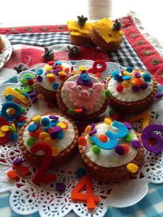 Viltpakketje van Atelier de MarLijn. Desserts, Food, Atelier, Tailgate Desserts, Deserts, Essen, Postres, Meals, Dessert