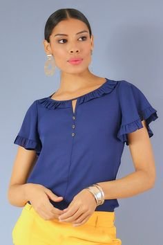 Concept Clothing, Formal Tops, Casual Outfits For Teens, Floral Fashion, Classy Dress, Clothing Patterns, Blouse Designs, Shirt Blouses, Cute Dresses